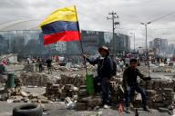 Des manifestants dans le centre de Quito, en Equateur, le 13 octobre.