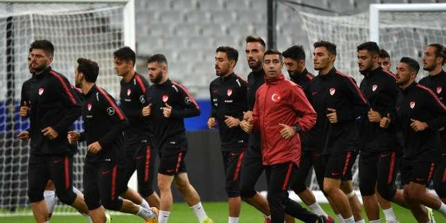 France-Turquie: suivez en direct l'avant-match au Stade de France