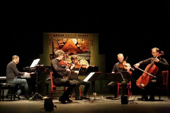 Le Quatuor Béla et Wilhem Latchoumia (claviers) lors des répétitions à la MC2: Grenoble, les 13 et 14 septembre 2019.