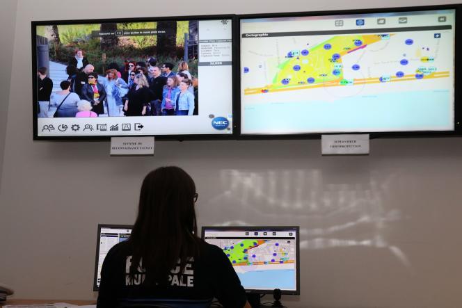 Le centre de supervision urbain de la ville de Nice expérimente la reconnaissance faciale,le 15 avril 2016.