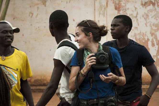 Nina Meurisse incarne Camille Lepage dans le film de Boris Lojkine.