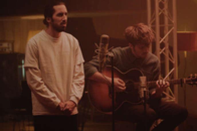 Le rappeur Lomepal a réenregistré une quinzaine de titres avec un accompagnement instrumental au studio Motorbass.