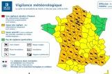 De fortes précipitations sont attendues avec «de violentes rafales de vent, jusqu'à 110km/h localement», a avertit Météo-France.