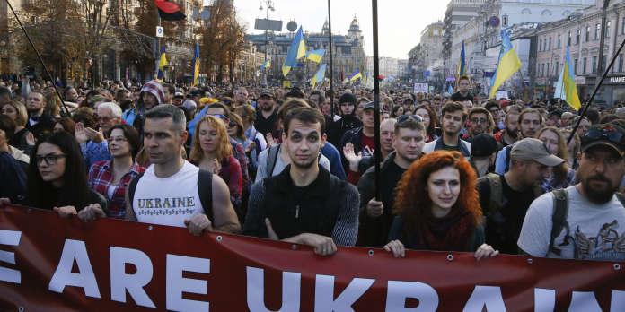 A Kiev, une marche contre la « capitulation » de l'Ukraine face à Moscou