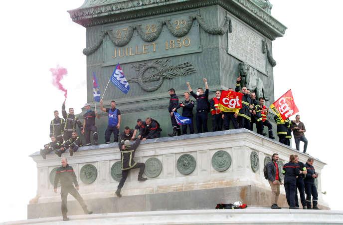 Manifestation des pompiers le 15 octobre à Paris.