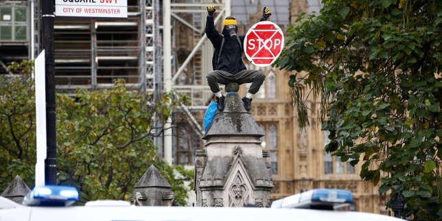 Extinction Rebellion, interdit de manifester à Londres, saisit la justice