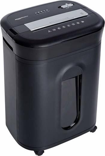 Le meilleur destructeur de documents pour le coin bureau à la maison Le destructeur de documents/cartes bancaires/CD à coupe croisée capacité 15 feuilles d'AmazonBasics
