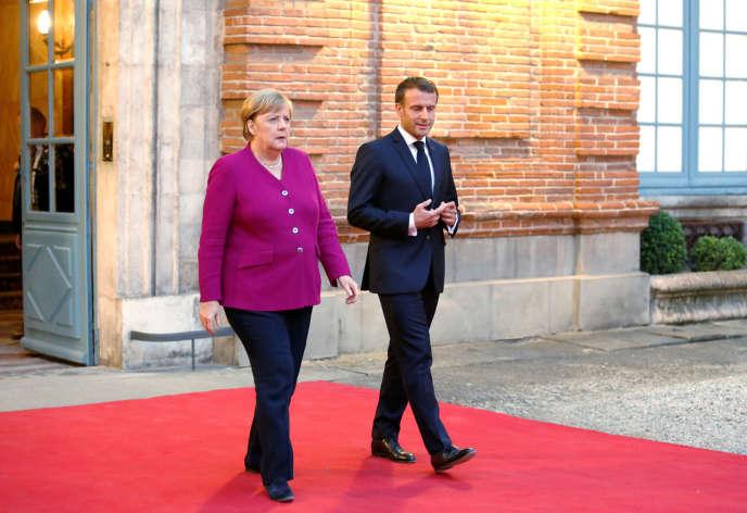 A Toulouse, le 16 octobre, Emmanuel Macron et Angela Merkel ont confirmé leur position en matière de défense commune.