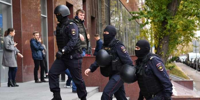 En Russie, le pouvoir accentue encore la pression contre l'opposition