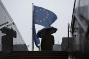 Devant le siège de la Commission européenne, à Bruxelles, le 16 octobre.