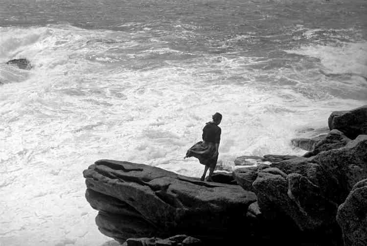 «Cette photographie est très mystérieuse pour moi, car différente de ce que j'avais l'habitude de photographier : des sujets proches, rarement de dos. La poésie qu'évoque cette image me plaît beaucoup aujourd'hui. C'est une redécouverte».
