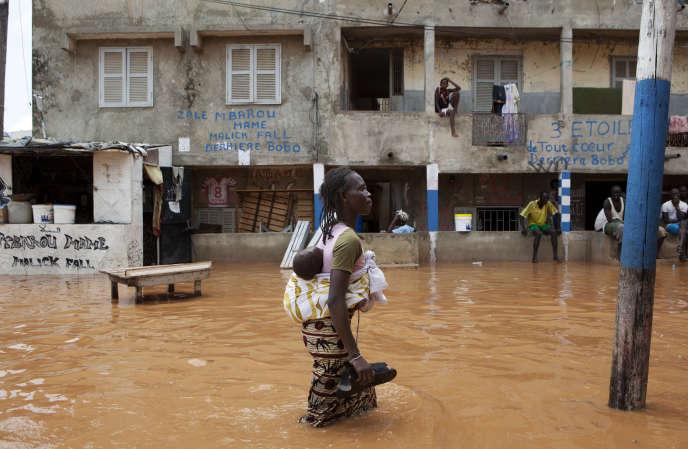 Après les pluies diluviennes qui avaient inondé Dakar, la capitale sénégalaise, en août 2012.