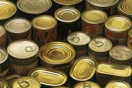 Le bisphénol est utilisé par certains pays, comme les Etats-Unis, dans les résines tapissant l'intérieur des boîtes de conserve.