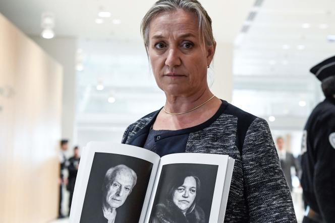 La pneumologue, Irène Frachon, témoigne dans le procès du Mediator devant le tribunal correctionnel de Paris, le 23 septembre.