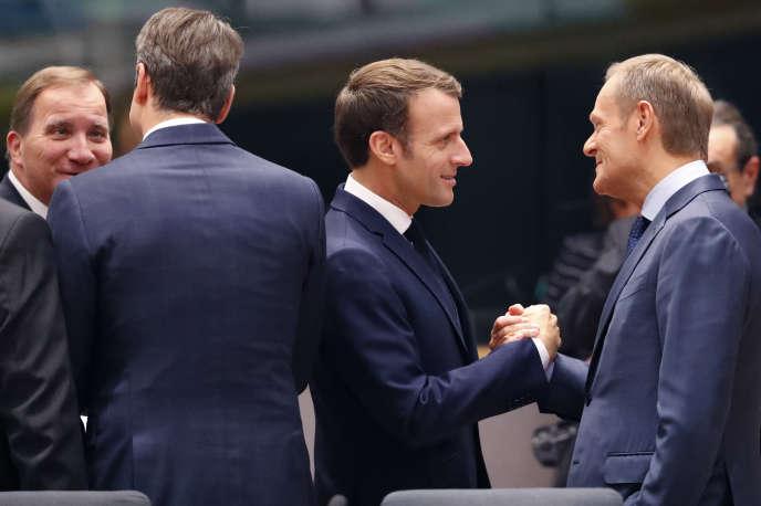 «L'offensive contre les droits est de plus en plus assumée par de nombreux dirigeants» (Le président du Conseil européen Donald Tusk et Emmanuel Macron à Bruxelles, le 17 octobre).