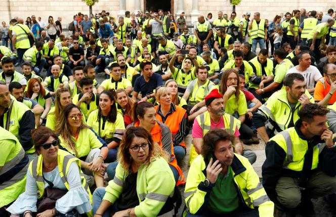Manifestation de dockers à Barcelone, le 18 octobre.