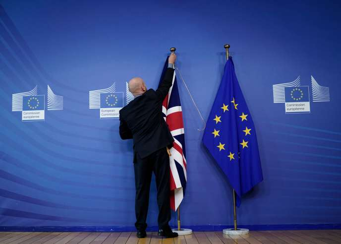 Le 17 octobre, auConseil européen, à Bruxelles.