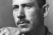 L'auteur John Steinbeck, en 1939.