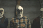 Les miliciens masqués du 7e kavalerie dans la série « Watchmen».