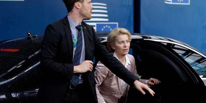 Ursula Von der Leyen, future présidente de la Commission européenne, cherche une majorité au Parlement