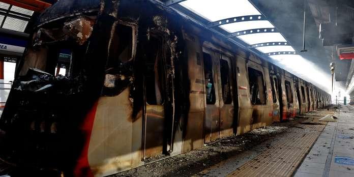 Chili : après de violentes manifestations, la hausse du prix des transports suspendue