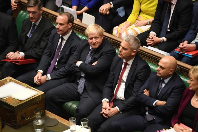 Le premier ministre britannique, Boris Johnson, lors de la séance exceptionnelle à la Chambre des communes à Londres, le 19 octobre.