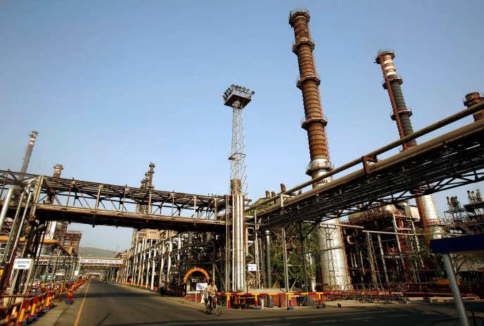 Une raffinerie de la Bharat Petroleum Corporation, à Bombay, en 2008.