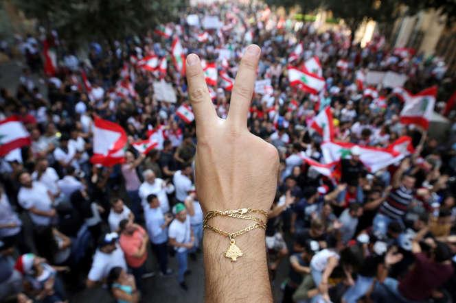 Une manifestation à Beyrouth, lundi 21 octobre.