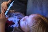 Troubles de l'attention, du sommeil, du langage… «La multiplication des écrans engendre une décérébration à grande échelle»