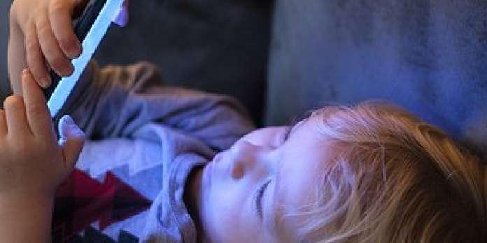 Troubles de l'attention, du sommeil, du langage… « La multiplication des écrans engendre une décérébration à grande échelle »
