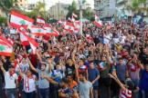 Des manifestants à Tyr, dans le sud-ouest du Liban, le 22 octobre.