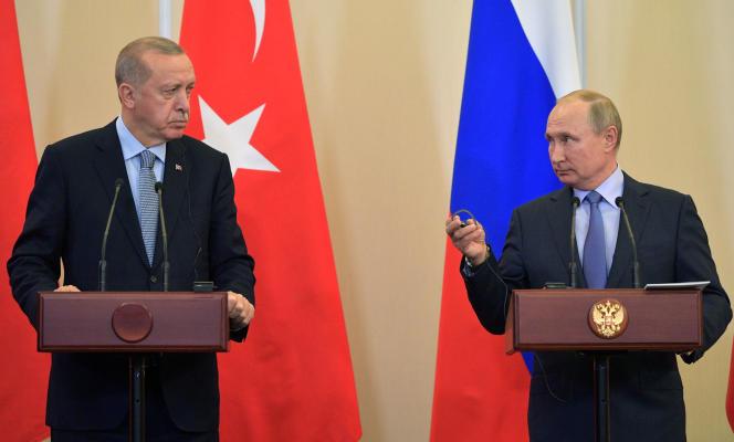 Les présidents truc, Recep Tayyip Erdogan, et russe, Vladimir Poutine, à Sotchi, le 22 octobre.