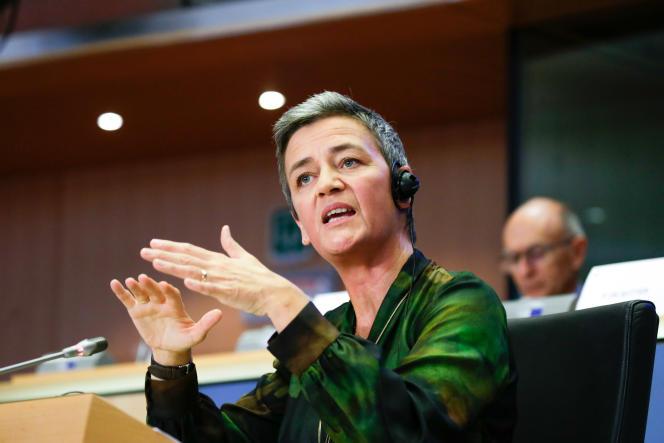 La commissaire européenne à la concurrence, Margrethe Vestager, s'exprime lors de son audition devant le Parlement européenne, à Bruxelles, le 8 octobre.