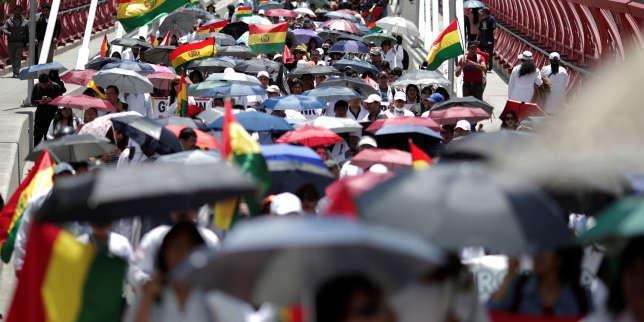 Appel à la grève générale en Bolivie après des soupçons de fraude électorale