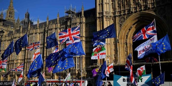 Brexit : deux votes cruciaux autour de l'accord attendus à la Chambre des communes