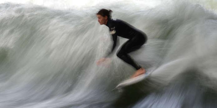 A l'ouest de Nantes, un projet de surf park soumis à une immense vague de contestation