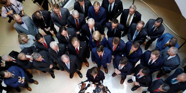 Les manoeuvres dilatoires des républicains contre la procédure de destitution de Donald Trump