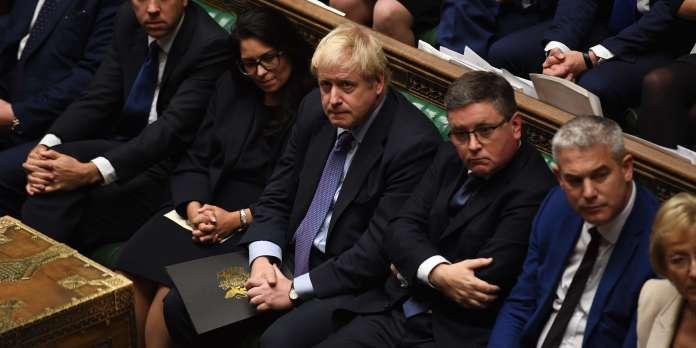 Brexit : le Parlement britannique range l'accord au « purgatoire » au terme d'une journée agitée
