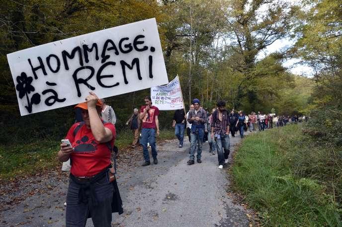 Rassemblement du 25 octobre 2015, à Gaillac (Tarn) en mémoire de Rémi Fraisse, tué un an plus tôt sur le site du barrage de Sivens.