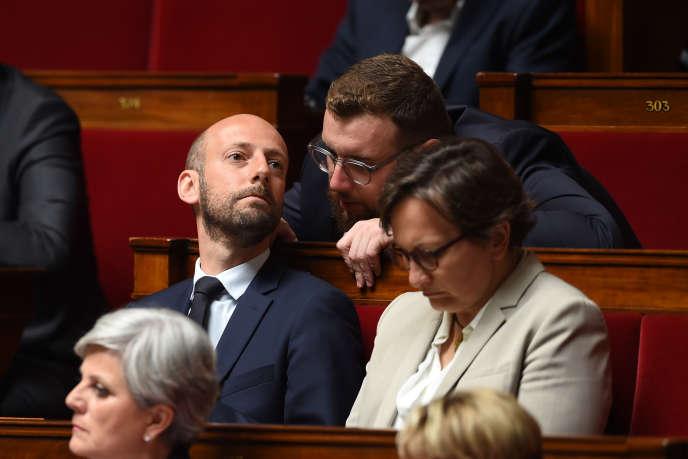 Le délégué général de LRM, Stanislas Guerini (à gauche), et le député LRM Damien Pichereau, à l'Assemblée nationale à Paris, le 4 juin.