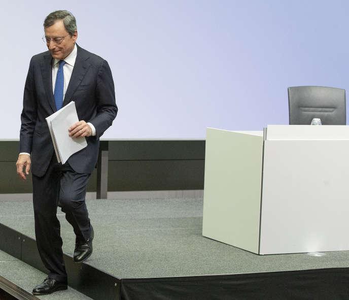 Chủ tịch sắp ra mắt của Ngân hàng Trung ương châu Âu, Mario Draghi, tại Frankfurt, 24 tháng 10.