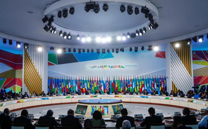 Séance plénière du sommet Russie-Afrique à Sotchi, en Russie, le 24 octobre 2019.