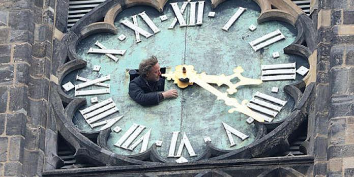 « L'heure d'hiver est mieux adaptée aux horloges biologiques des individus »