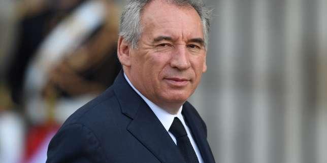 Suivez en direct l'émission «Questions politiques» avec François Bayrou