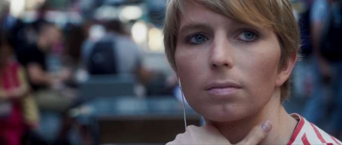 Chelsea Manningdans « XY Chelsea» de Tim Travers Hawkins.