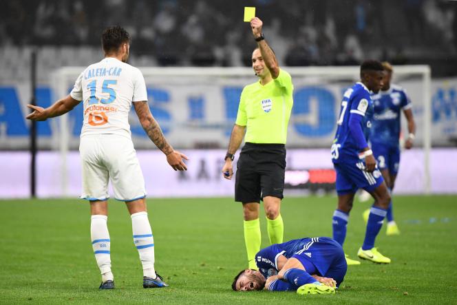 Carton jaune pour le défenseur marseillais Caleta, le 20 octobre 2019, contre Strasbourg.