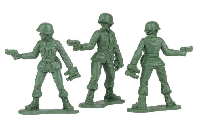 Prototype d'une femme soldate présenté par BMC Toys.