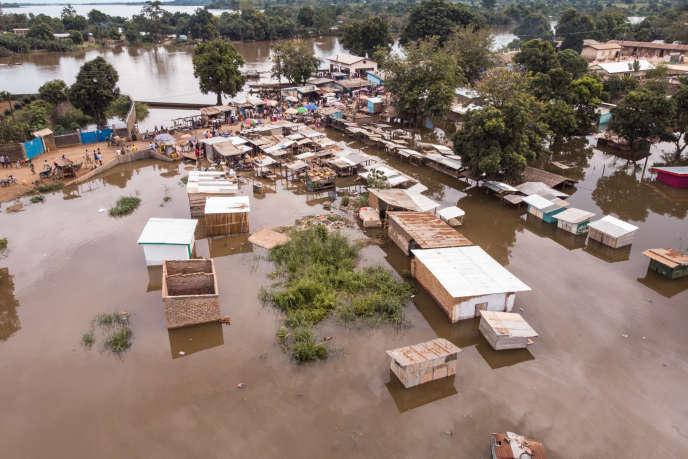 Un quartier inondé aprèsla crue de l'Oubanguià Bangui, en Centrafrique, le 28octobre.