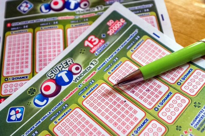 Avec cinq numéros à cocher sur une grille de 49, il y a une chance sur 1 906 884 de trouver la combinaison gagnante.