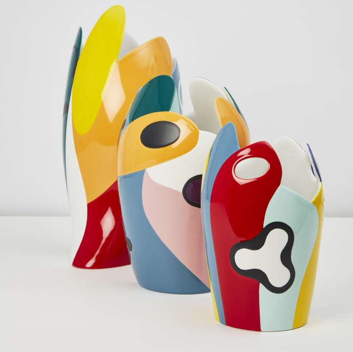 Trois vases colorés signés Alessandro Mendini.